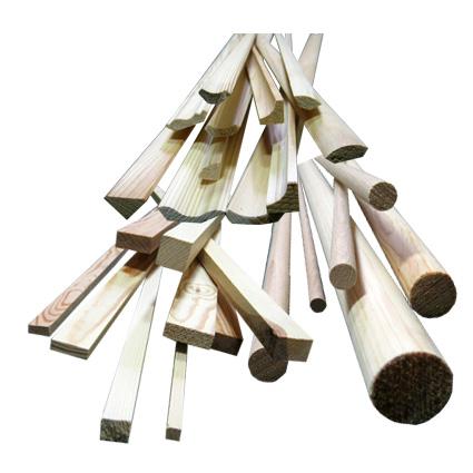 dřevěné lišty a hranoly