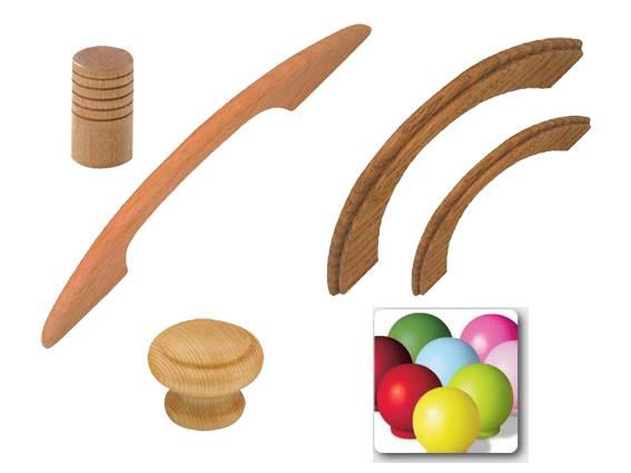 dřevěné úchyty a knopky