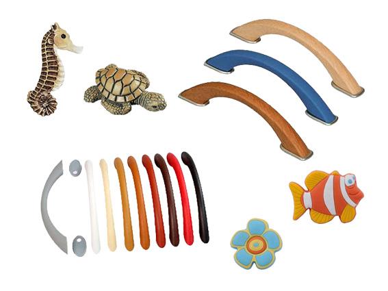 dětské, plastové úchyty a knopky
