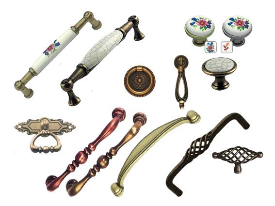 retro, bronzové úchyty a knopky